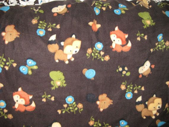 Cute design! Handmade children or baby blanket at https://www.etsy.com/listing/186724842/no-sew-woodland-animals-polar-fleece