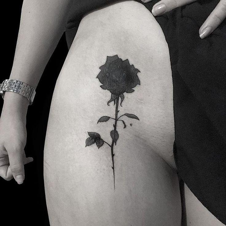 🌷 #tatuaje #tattoo #rosa #rose #flor #flower #ink #art #silueta #armenia #jorgetelasco