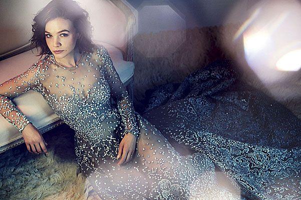 Кэри Маллиган в декабрьском номере Harper's Bazaar