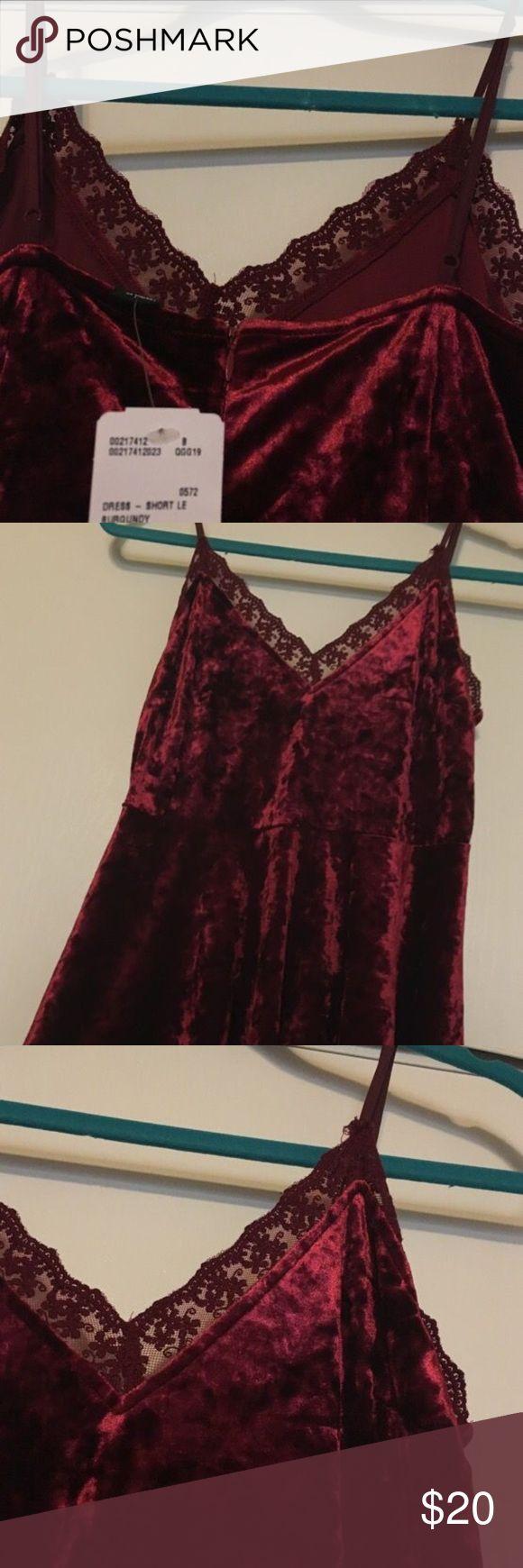 New forever 21 burgundy velvet dress New with tags! Never used Forever 21 Dresses High Low