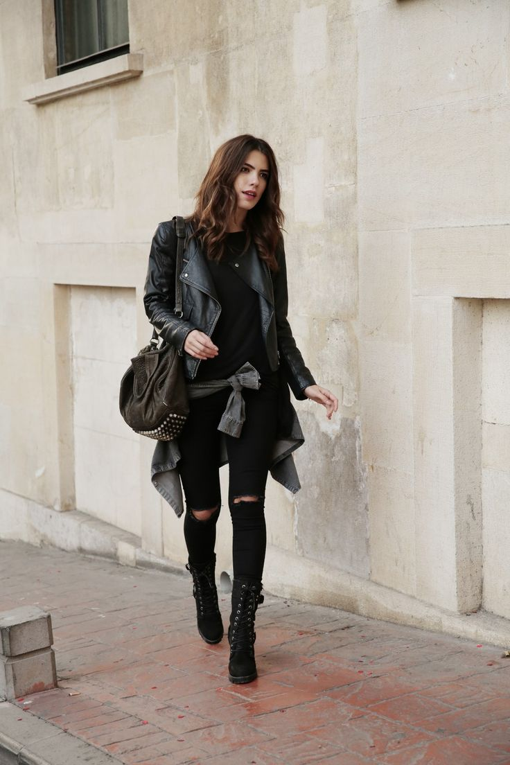 Ripped skinny jeans are the way to go when aiming for the rocker girl look. Meric Kucuk wears a black pair with ankle high boots and a khaki shirt tied at the waist. Boots: Harley Davidson, Jeans: Lovemybody, Top: IAMNOTBASIC, Leather Jacket: Forever New, Bag: Alexander Wang.