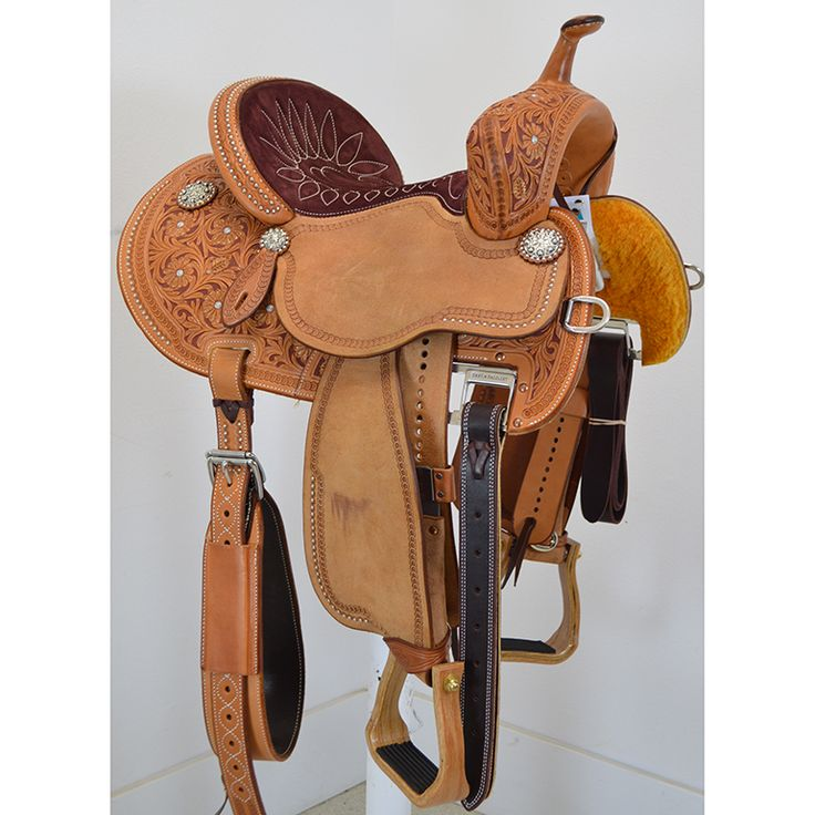 New! 13.5 FX3 Barrel Racing Saddle by Martin Saddlery