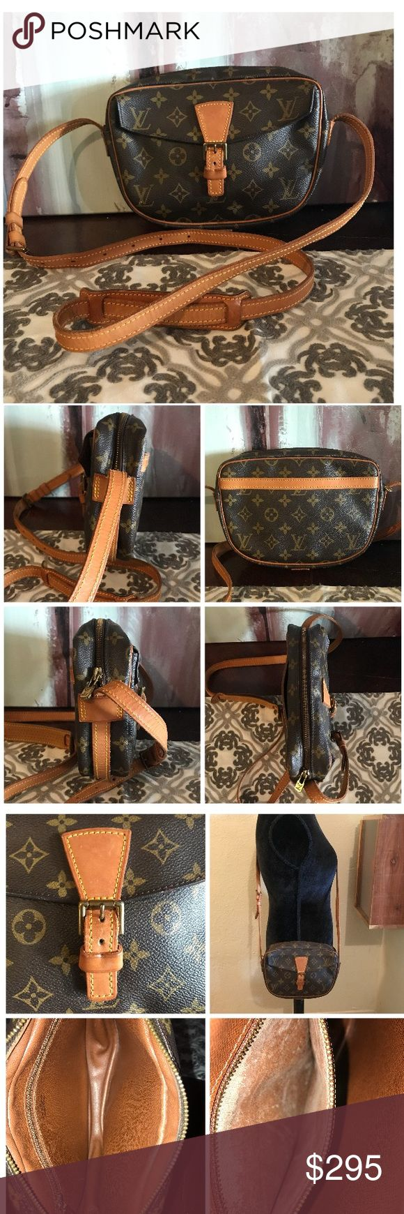 """Authentic Louis Vuitton Jeune Fille 100% Authentic Louis Vuitton Jeune Fille.  Monogram canvas has no scratches or tears.  Leather has nice even patina throughout.  No cracks and stitching is good.  Strap has minor cracks and stitching is good.  No major flaws.  Beautiful.  Hardware has tarnish.  Inside is clean.  Pockets have peeled but not sticky.  Definitely usable.  W9.05xH6.29xD1.96"""".  I do not trade. Louis Vuitton Bags Crossbody Bags"""