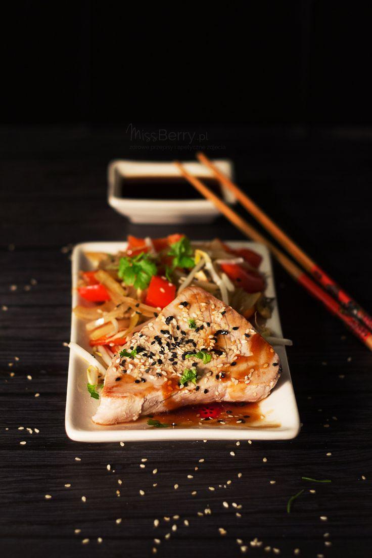 Tuńczyk Teriyaki z Warzywami