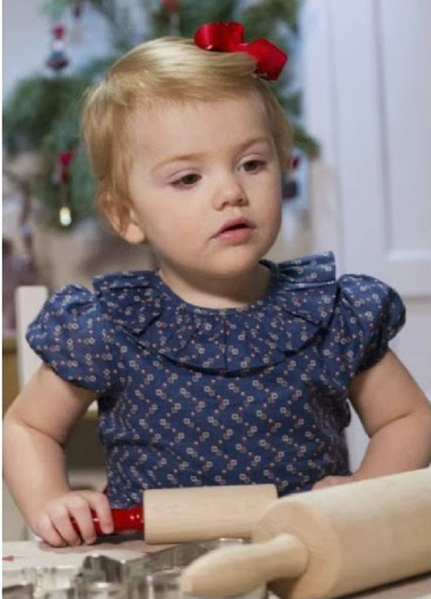Princess Estelle in Livly Dress