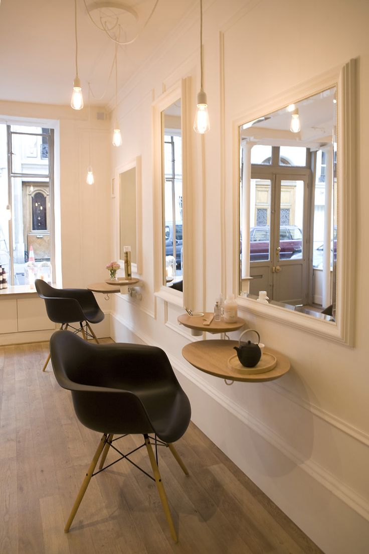 17 best ideas about salon coiffure on pinterest mobilier for Prix salon de coiffure
