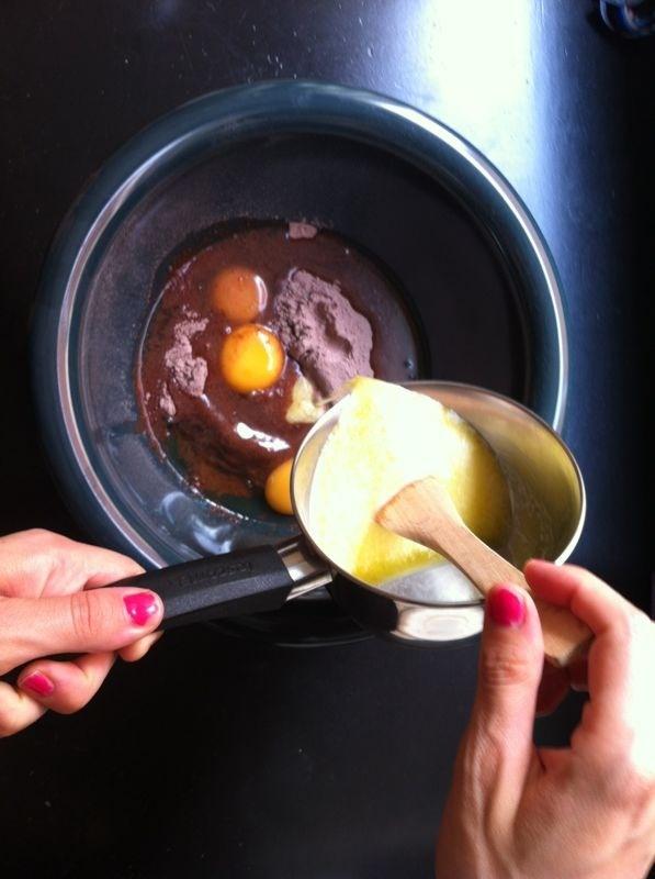 En Yo lo pruebo nos ponemos las botas con la nueva Tarta de chocolate con Milka Royal. Entra aquí para saber más: http://www.yolopruebo.com/tarta-de-chocolate-con-milka-royal/