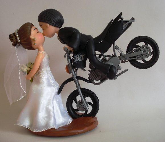 Topo de bolo - Noivinhos na moto