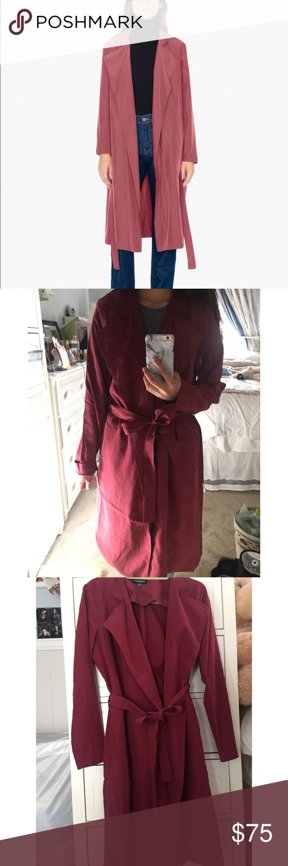 """NWOT American Apparel Dylan Trench Cabernet XS/S Gorgeous Cabernet color ❤❤ NWOT Dylan Trench from AA! Size: XS/S. Still has packaging that I received it in the mail with! Perfect condition, never worn (only to try on). My measurements: 5""""1', waist 25 in, 100 lbs, and size S in AA. This fits slightly oversized on me, but still works!  ACCEPTING REASONABLE OFFERS American Apparel Jackets & Coats Trench Coats"""