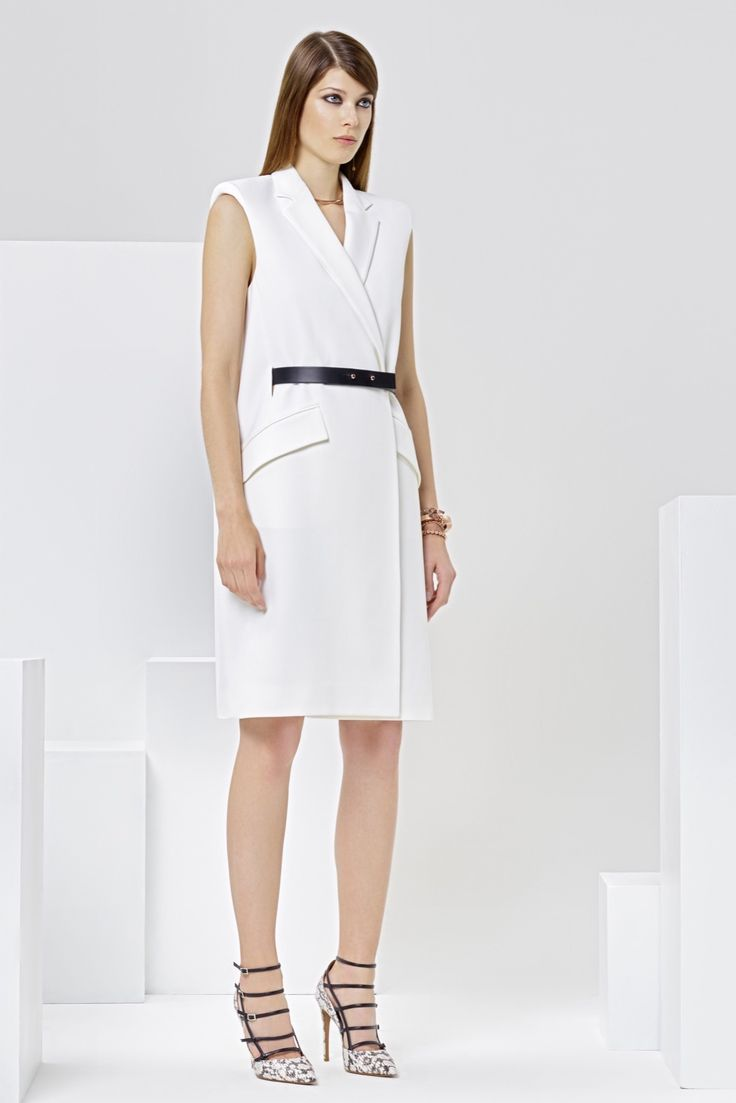http://www.style.com/slideshows/fashion-shows/resort-2016/issa/collection/12