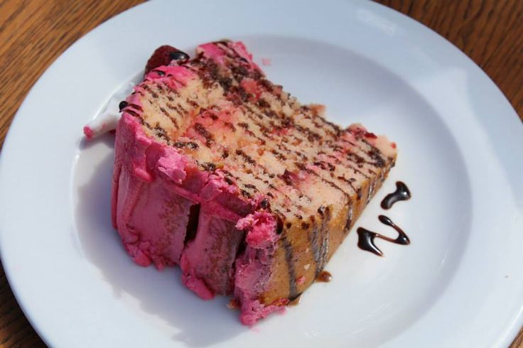 Pink icing makes everything nice!  http://www.granddaddy.co.za/eat/