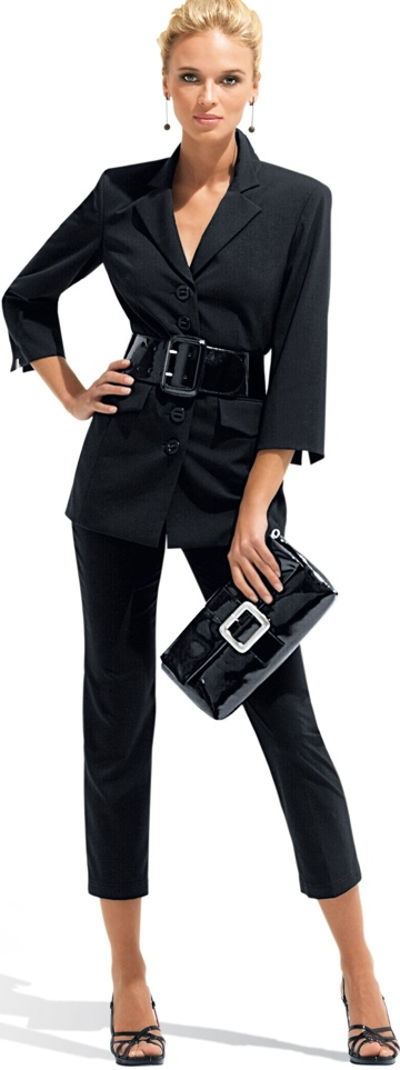 Black pant suit - love the chic look