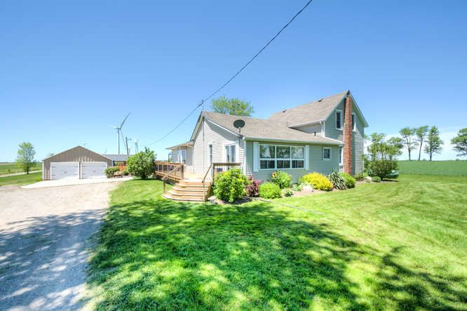 Virtual Tour of 28727 Brown Rd, Kerwood ON N0M 2B0, Canada.