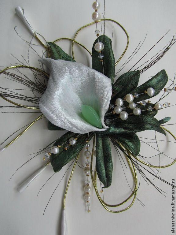 Купить Брошь Май - белый, жемчуг натуральный, фианиты, перо павлина, брошь цветок