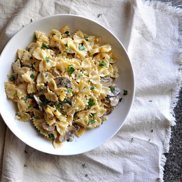 BREANNA'S RECIPE BOX: Mushroom Gruyere Pasta