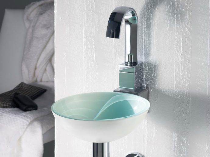 Lavabo RS3 De Cristal De The Bathco   Crystal Washbasin By The BAthco