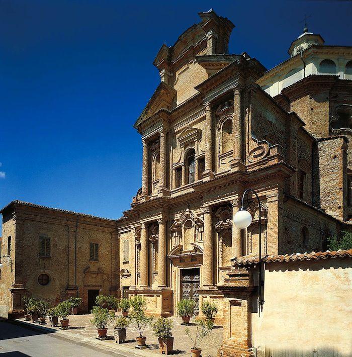 Santuario Madonna del Popolo in Cherasco, PIemonte Italy
