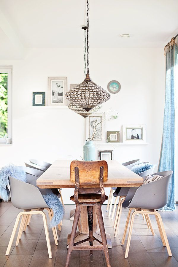 Einfach nur so! #interior #einrichtung #einrichtungsideen #ideen #living #realhomes #deko #dekoideen #decoration #scandinavian #stilmix #oriental #esszimmer #diningroom #blue #blau #grey #grau Foto: ROOMstories