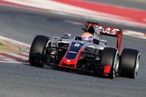 Result: Daniel Ricciardo victorious in drama-filled Chinese Grand Prix