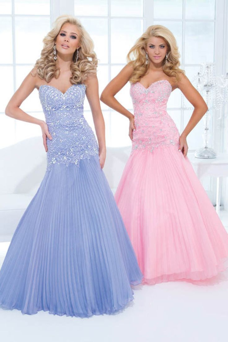 118 best Prom dresses images on Pinterest | Evening gowns, Ballroom ...