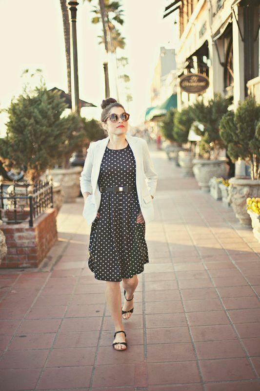 LuLaRoe Amelia Dress // lularoe.com Love the box pleats and pattern!