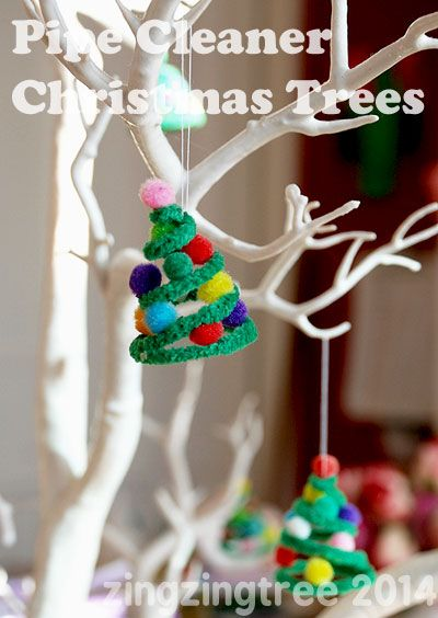 These pipe cleaner Christmas Tree decorations are so cute and easy to make from @zingzingtree #Pintorials