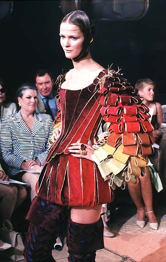 1998-99 - Galliano Dior Couture show