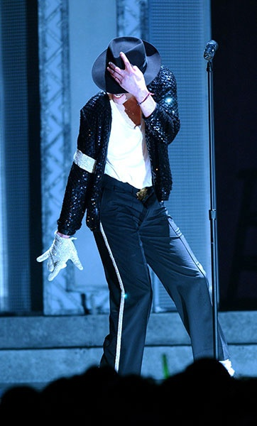 Michael Jackson Classic Performance