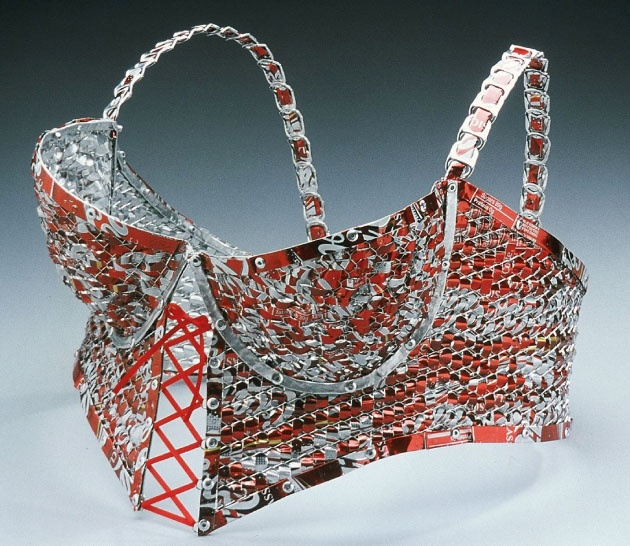 Bustier made out of coke cans? ouch: Artists View, 01 Trashy, Aluminium Lingerie, Trashy Lingerie, Goldbloom Bloch, Green Ideas, Armour Bra, Recycled Art, Art Junkie