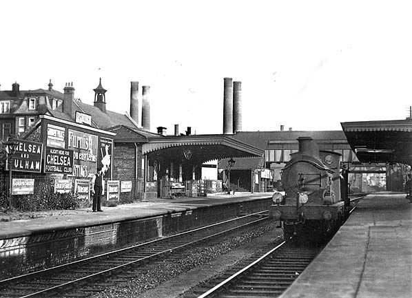 Chelsea & Fulham Station, looking south 1933