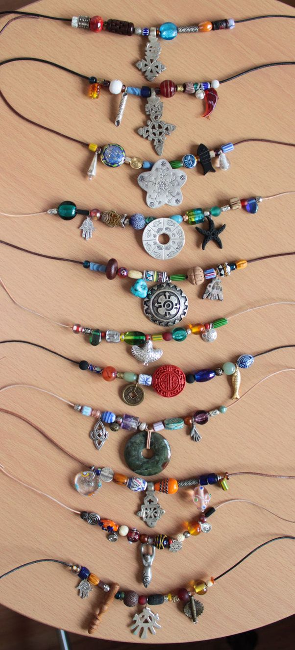 necklaces ~~Would love to do this in some waxed linen thread w/slip knots....