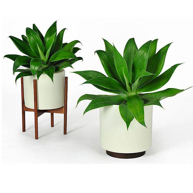 Delightful Case Study Planter W/ Plinth   White   Modernica