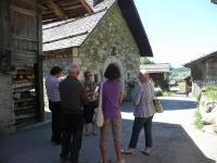 Le Grand Bornand. Visite guidée du hameau du Chinaillon avec les @GuidesGPPS http://www.gpps.fr/Guides-du-Patrimoine-des-Pays-de-Savoie/Pages/Site/Visites-en-Savoie-Mont-Blanc/Genevois/Massif-des-Aravis/Le-Grand-Bornand