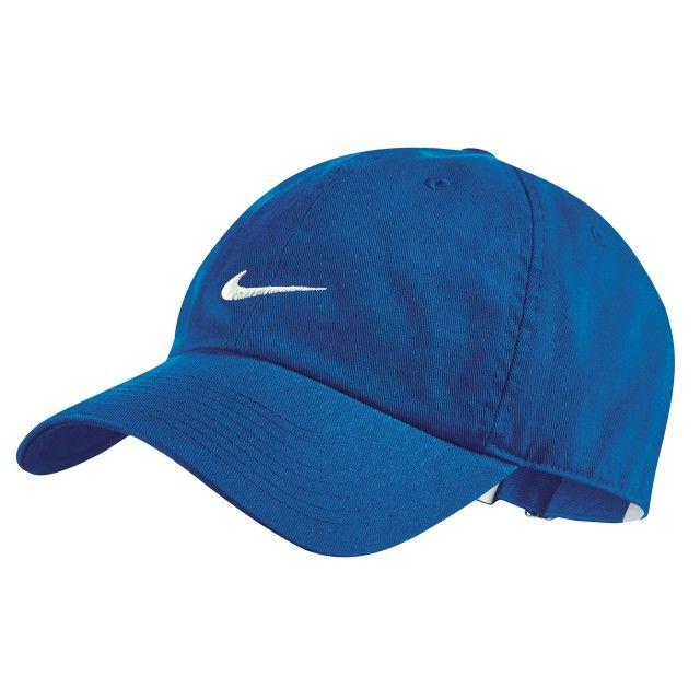 $349.00 Gorra Nike - Su diseño clásico tiene el logo característico de la  marca al frente