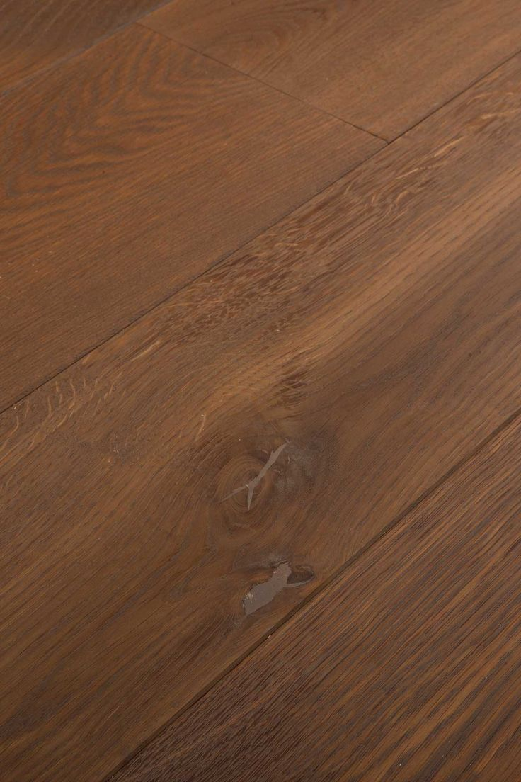 Grey Lye Mix. More grey than the Grey Lye, but with more than a hint of red. Sometimes that's just the way things work out. Chapel Parket wooden flooring.