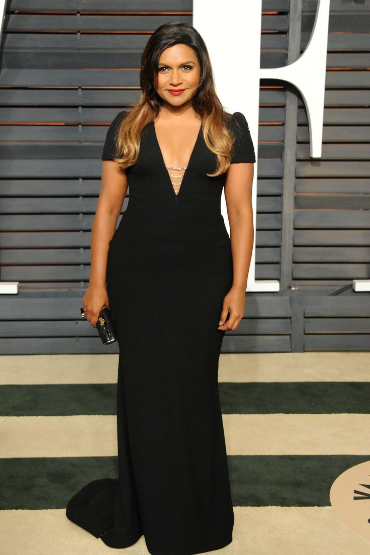 Mindy Kaling attends the 2015 Vanity Fair Oscar Party hosted by Graydon Carter at Wallis Annenberg Center for the Performing Arts on Feb. 22, 2015, in Beverly Hills, California, wearing Salvador Perez.   - Cosmopolitan.com