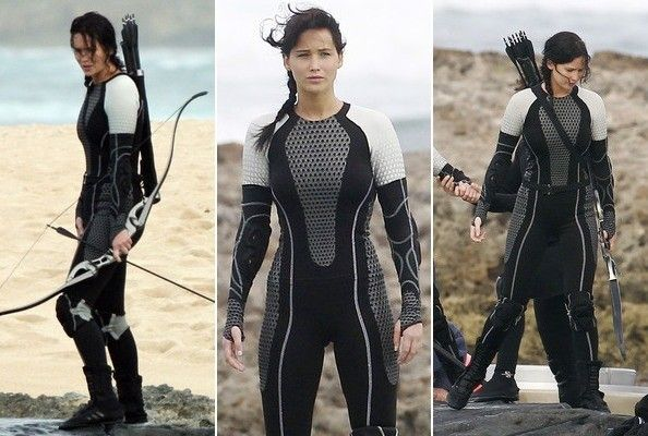 Jennifer Lawrence catching fire sexy | Love That Film: The Hunger Games: Catching Fire Victory Tour Poster
