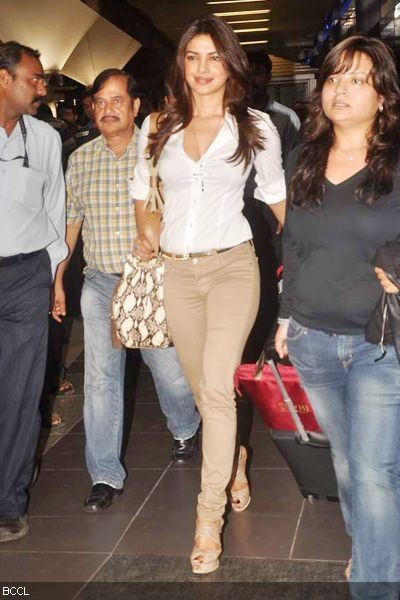 Priyanka Chopra spotted at Mumbai