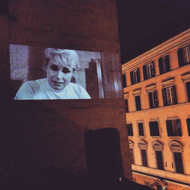 Cinema America sul tetto #cinemaamerica #cinema #america #roma #trastevere