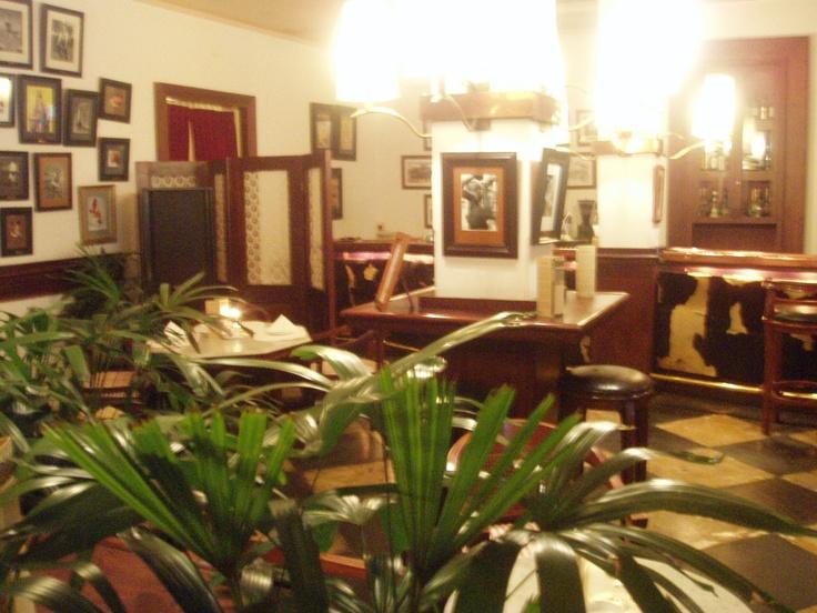 Cafe Batavia,Taman Fatahillah (Kota Tua) Jl. Pintu Besar Utara No. 14, Jakarta Barat
