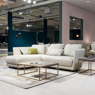 Enjoy your evening and get cozy on the Rolf Benz TONDO. #rolfbenz – #livingroom #homelover #furniture #design #interior #interiordesign #möbel #livingroomdecor #living #homedesign #home #homestyle #homedesign #interior4you #interiorstyle #interior4all #interior_and_living #einrichtung #zuhause #inspiration