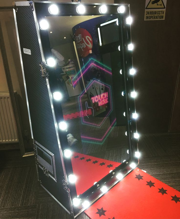Hollywood style Magic Mirror!  Hire for your next event  www.themagicmirrorco.com