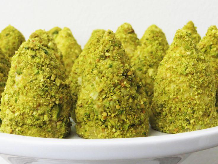 Flødebollejuletræer (pistacie)