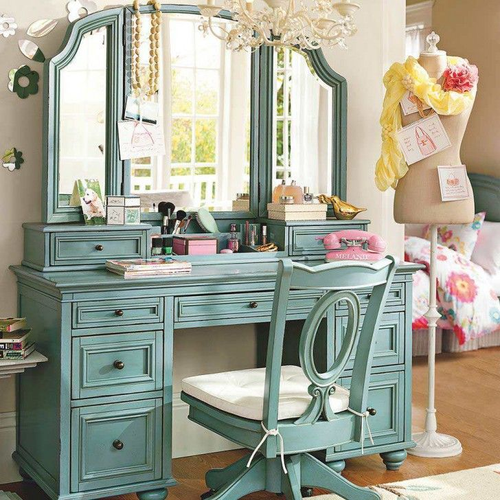 Bedroom,Cute Minimalist Make Up Table Design Ideas With Beautiful DIY White  Vanity Color And Charming Blue Dresser Also Nice Three Glass Mirror For  Vintage ...