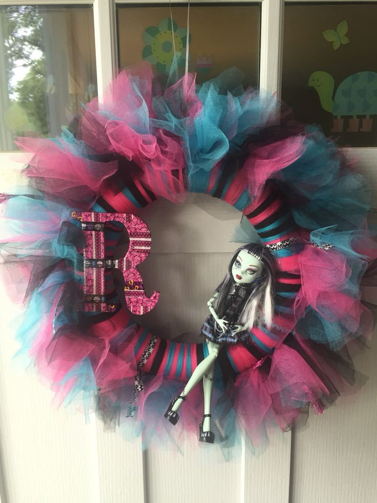 Monster High wreath