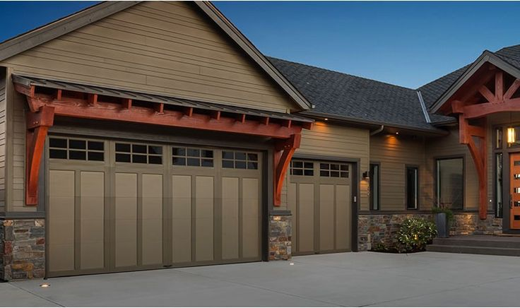 Pin by Linda Lutz on Home Ideas | Outdoor house paint ... on Garage Door Painting Ideas  id=38608