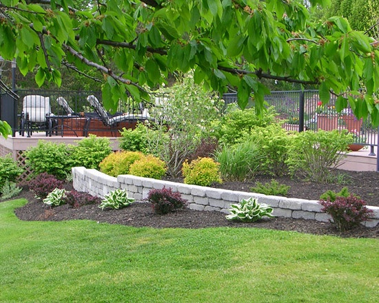 Traditional Landscape Retaining Walls Design, Pictures, Remodel, Decor and Ideas - page 3