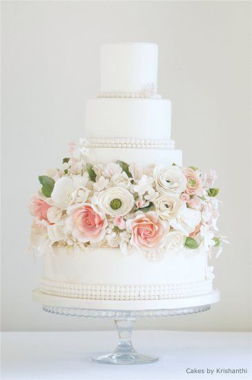 This cake is so different. Simple yet elegant wedding cake.