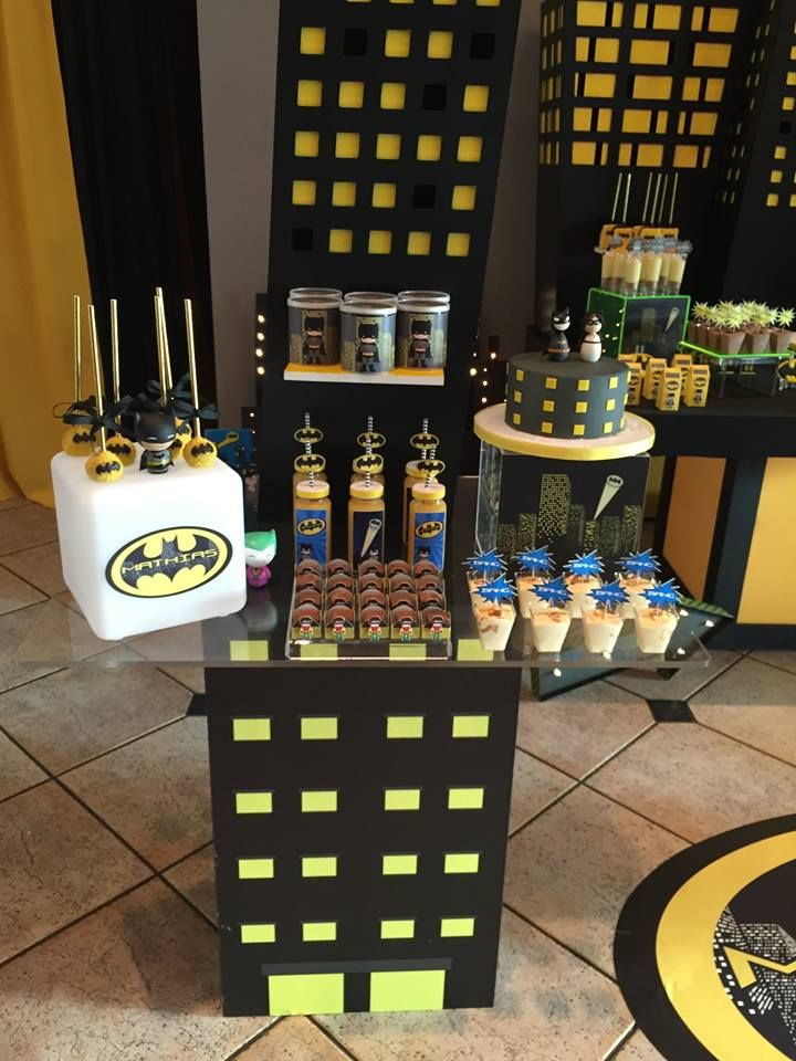 Venha se inspirar nesta Festa Batman para comemorar o aniversário do seu filho. Decoração Ely's Parties. Lindas ideias e muita inspiração. Bjs, Fabiola Teles. ...