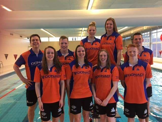 Vandaag vertrekt de eerste groep zwemmers richting Eindhoven. Met een ploeg van maarliefst 8 senioren zwemmers (in totaal 23 starts) zal Deltasteur vanaf donderdag ochtend vertegenwoordigd zijn bij de sterkbezette ONK/Swimcup te Eindhoven. De samenstelling van de ploeg is exact gelijk aan vorig...